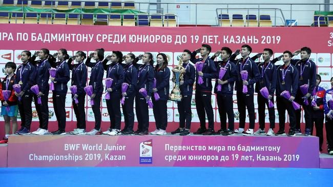 Kemenangan ini membuat lagu Indonesia Raya berkumandang di Kazan, Rusia. (dok. PBSI)