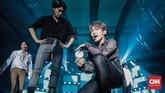 Ada pulaboybandasal Korea Selatan, Ateez, yang turut beraksi di atas panggung Spotify on Stage Jakarta 2019.(CNN Indonesia/Bisma Septalisma)