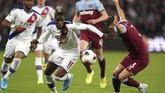 Crystal Palace berhasil meraih tiga poin di markas West Ham berkat kemenagan 2-1. (John Walton/PA via AP)