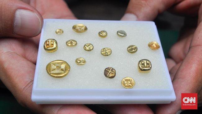 Harta Karun Sriwijaya Temuan Warga: Cincin Emas Hingga Mantra