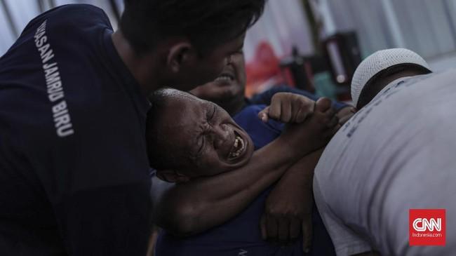 Sulitnya akses layanan kesehatan mental juga menjadi sorotan. (CNN Indonesia/Bisma Septalisma)