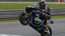 Vinales 'Selamatkan' Adik Rossi di Moto2 Jepang