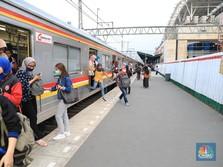 Kereta & LRT di Indonesia Masih 'Menyusu' Subsidi Rp 2,8 T