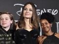 Angelina Jolie Bangga Boyong Anak ke Premier 'Maleficent 2'