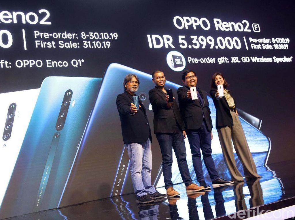 Oppo membuka pemesanan awal Reno 2F mulai 8-17 Oktober mendatang. Ponsel ini mulai dijual 18 Oktober dan dibanderol seharga Rp 5,399 juta. Pembeli diberikan bonus JBL Go Portabel Wireless Speaker.