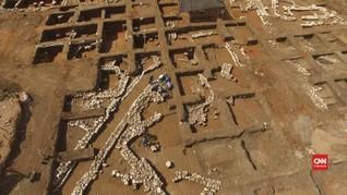 VIDEO: Arkeolog Israel Teliti Kota Tua Berusia 5.000 Tahun