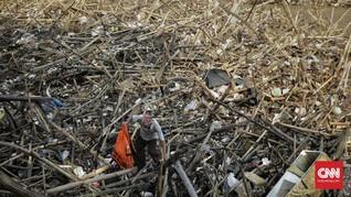 33 Ton Sampah Sisa Banjir DKI Diangkut, Mayoritas Perabot