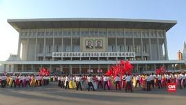 VIDEO: Perayaan HUT Sekjen Partai Buruh Kim Jong-il Ke-22