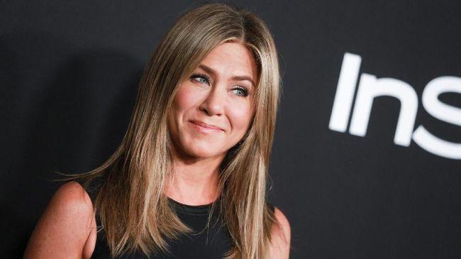 Raih Gelar 'Ikon', Jennifer Aniston Kenang Serial Friends