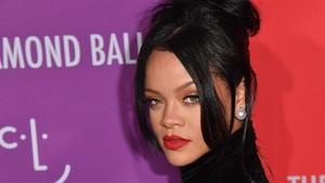 Rihanna Masuk Daftar Wanita Paling Berpengaruh 2019