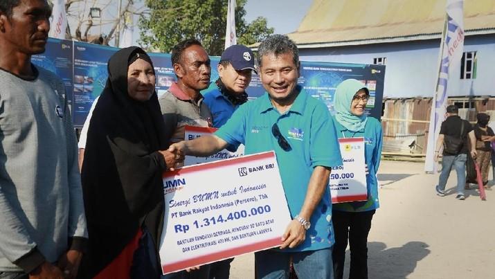 Sebagai bentuk kepedulian dalam meningkatkan kesejahteraan masyarakat NTT, BRI berikan bantuan kepada masyarakat di Pulau Messah, Labuan Bajo,NTT