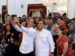 Saat Jokowi & Prabowo Foto Selfie, So Sweet...