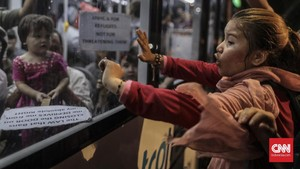 FOTO: Ratapan Tanpa Akhir Para Pencari Suaka di Kebon Sirih
