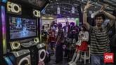 Suasana perhelatan Indonesia Comic Con 2019 di Jakarta Convention Center (JCC), Senayan, Jakarta, Sabtu, 12 Oktober 2019. Pameran budaya pop yang menjadi ajang berkumpulnya para penggemar komik, film, gim dan mainan itu berlangsung hingga Minggu, 13 Oktober 2019. (CNN Indonesia/Bisma Septalisma)