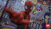Spirderman, simbol super hero dari Marvel turut meramaikan suasana perhelatan Indonesia Comic Con 2019 di Jakarta Convention Center (JCC), Senayan, Jakarta, Sabtu, 12 Oktober 2019. (CNN Indonesia/Bisma Septalisma)