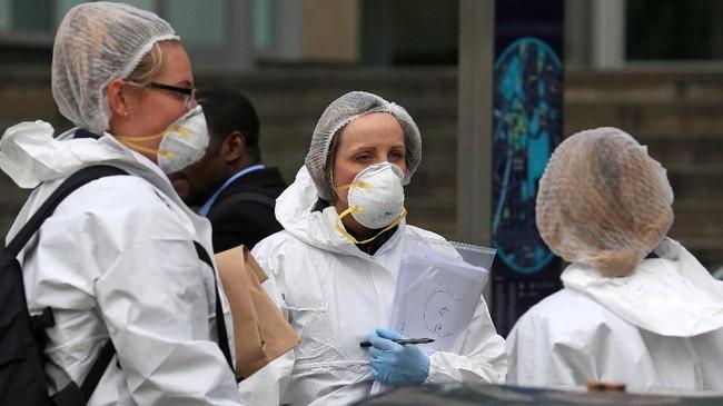 Saat ini penyelidikan kasus itu dilimpahkan kepada satuan antiterorisme Kepolisian North West. (Photo by Lindsey Parnaby / AFP)