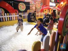 Bingung Weekend ke Mana? Main Salju Trans Studio Cibubur Aja