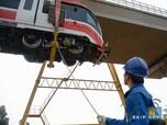 Jokowi Pamer LRT akan Punya 31 Kereta, November Uji Coba