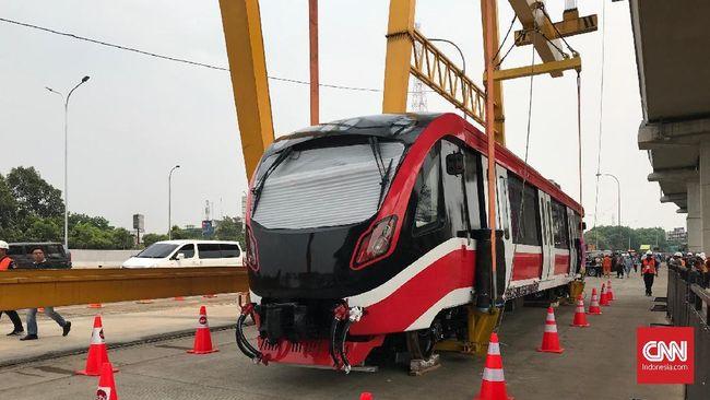 LRT Jabodebek Resmi Naik Rel di Cibubur