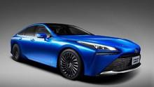 Mobil Hidrogen Toyota Mirai Bersolek