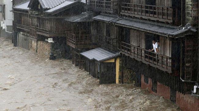 Topan Hagibis Jepang, Gelandangan Ditolak Masuk Pengungsian