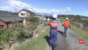 VIDEO: Proses Pencarian Korban Topan Hagibis Dilanjutkan