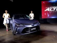 Melihat Dari Dekat Corolla Altis Berteknologi Hybrid