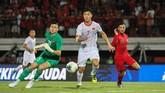 Timnas Indonesia berusaha keras untuk mengejar ketinggalan dari Vietnam di babak kedua. (dok. PSSI)
