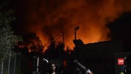 VIDEO: Kamp Pencari Suaka di Yunani Terbakar
