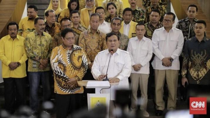Hari ini, Prabowo menemui Ketua Umum Partai Golongan Karya Airlangga Hartarto di Kantor DPP Golkar, Slipi, Jakarta.