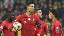 Ronaldo Cetak Gol Ke-700 Usai Bobol Gawang Ukraina