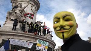 FOTO: Protes Pemadam Kebakaran Prancis Minta Naik Gaji