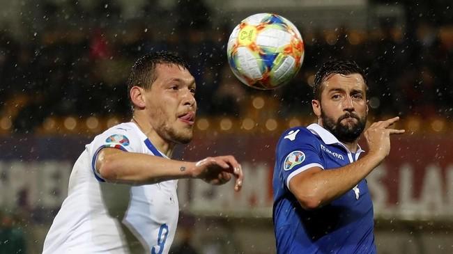 Italia menghadapi Liechtenstein dalam lanjutan babak kualifikasi Piala Eropa 2020 di markas lawan. (STEFAN WERMUTH / AFP)