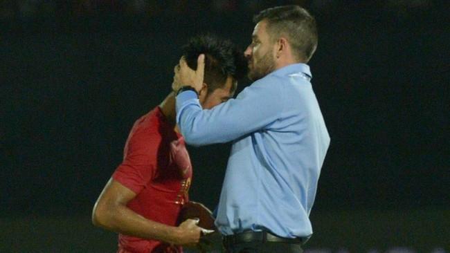 Kekalahan ini membuat Timnas Indonesia belum mampu meraih poin dari empat laga kualifikasi Piala Dunia 2022 yang telah mereka jalani. (ANTARA FOTO/Nyoman Budhiana/hp)