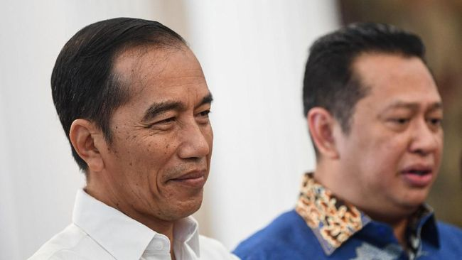 PUSaKO Minta Jokowi Tak Bersikap Abu-abu soal Perppu KPK