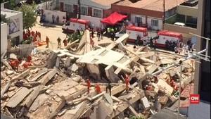 VIDEO: Rumah Susun di Brasil Runtuh, 10 Orang Hilang