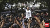 Joko Widodo bersama Ma'ruf Amin resmi mendaftarkan diri sebagai bakal calon presiden dan wakil presiden di Kantor Komisi Pemilihan Umum, Jakarta, Jumat (10/8/2018). (CNN Indonesia/Adhi Wicaksono).