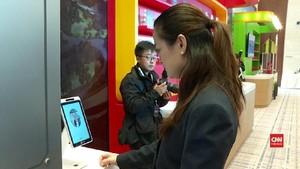 VIDEO: 'Pemindai' Wajah Gantikan Tiket di Taman Hiburan