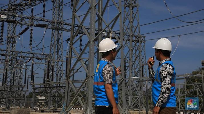 Melihat Gardu Induk 150kV Kendari. CNBC Indonesia/Muhammad Sabki