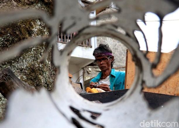 Keren! Kerajinan Seni Ukir dari Bandung Tembus Pasar Internasional