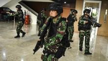 Pegiat HAM Soroti Pengamanan Berlebihan di Pelantikan Jokowi