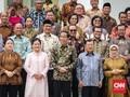Ekonom Minta Jokowi Rombak Total Menteri Ekonomi