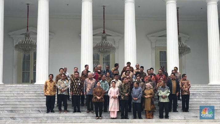 Sejumlah menteri Kabinet Kerja mulai berkemas, pasca mengetahui tak lagi dipilih Presiden Jokowi di jajaran kabinet periode kedua pemerintahannya.