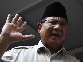 Prabowo soal Kepulangan Rizieq: Nanti Kita Pelajari Dulu