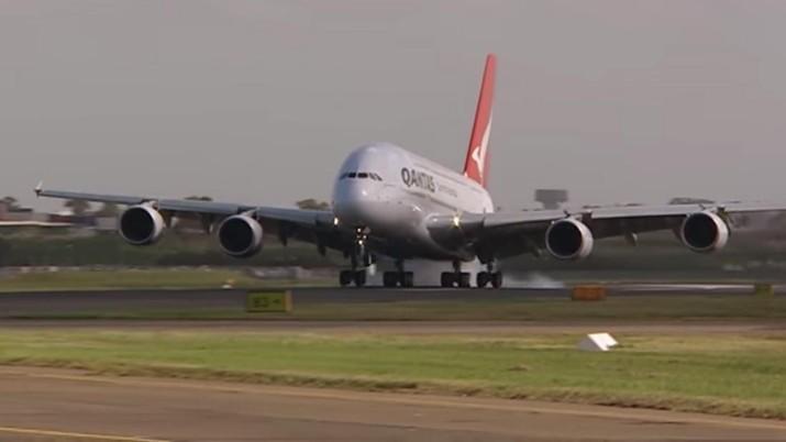 Sektor penerbangan termasuk yang paling terpukul karena wabah corona.