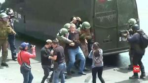 VIDEO: Chile Rusuh, Pemerintah Nyatakan Kondisi Darurat