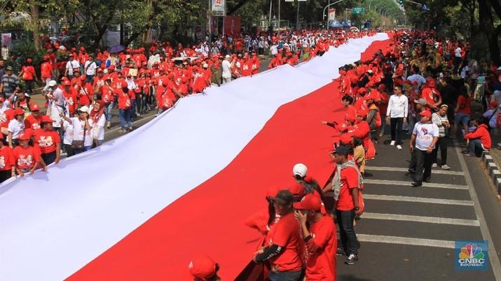 Jokowi Dilantik, Relawan Kibarkan Bendera Sepanjang 200 Meter
