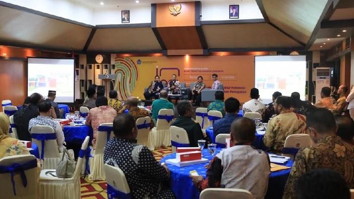 Kita tidak bisa menunggu dana APBN untuk bisa menutupi gap infrastruktur khususnya di Aceh.