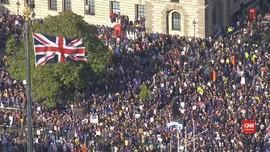 VIDEO: Warga Inggris Penentang Brexit Desak Referendum Ulang