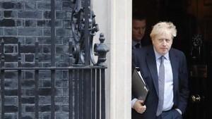 Didesak Parlemen, PM Inggirs Minta Penundaan Brexit ke UE